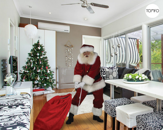 TOMFO-Santa-in-your-house2