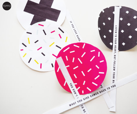 TOMFO-Fdiy-paper-fortune-cookies-cut