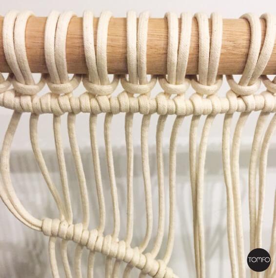 DIY-Macrame-hanging-step-1-Tomfo